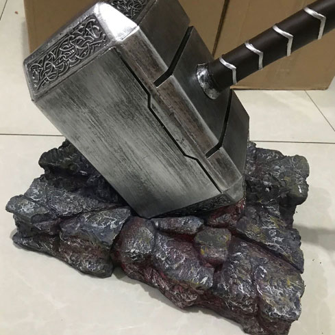 action-figure-dos-vingadores-mjolnir-thor-guerra-do-infinito-the-shoppers