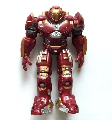 action-figures-the-shoppers-iron-man-veronica-hulk-buster